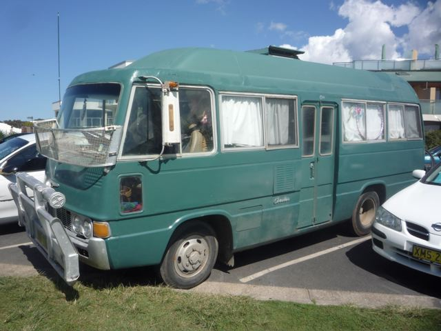 9b694ff358662e crooked arm  australian van report and prehistoric skate taco