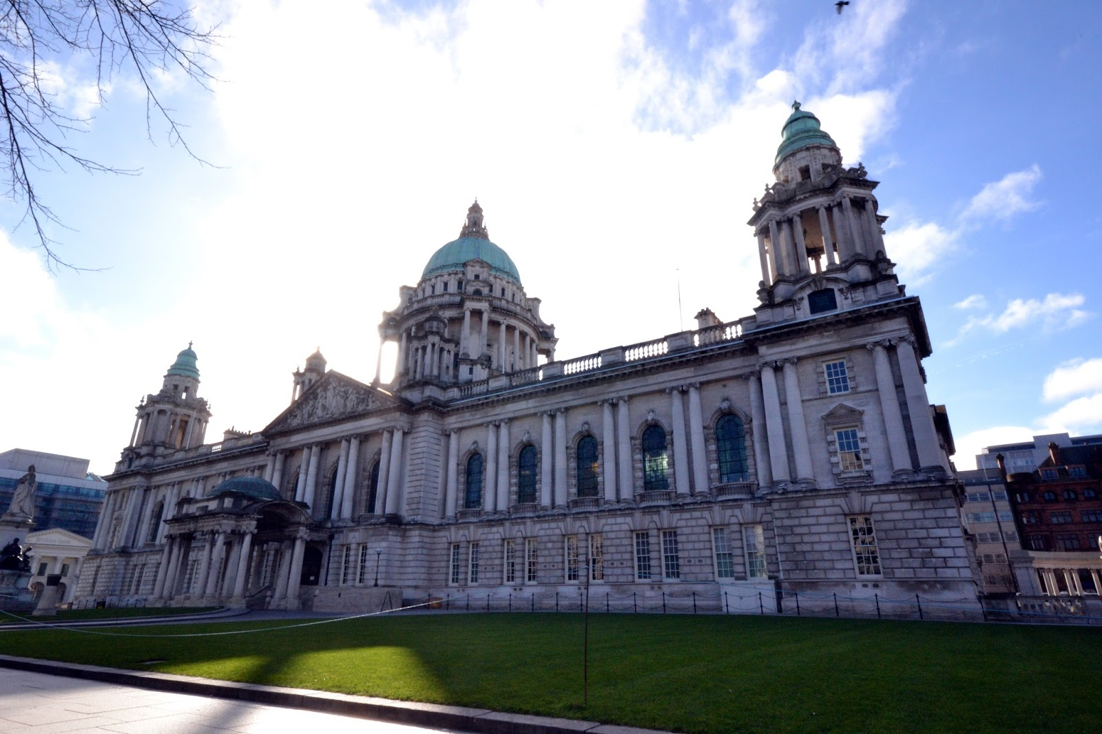 Belfast city hall, Belfast, Ireland, Northern Ireland, Murals, Troubles, Ulster, Political, Titanic,