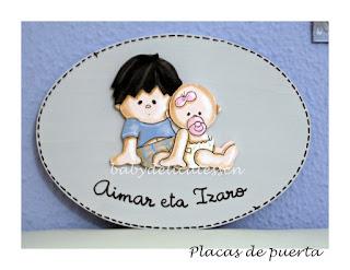 placa de puerta infantil hermanitos Aimar eta Izaro babydelicatessen