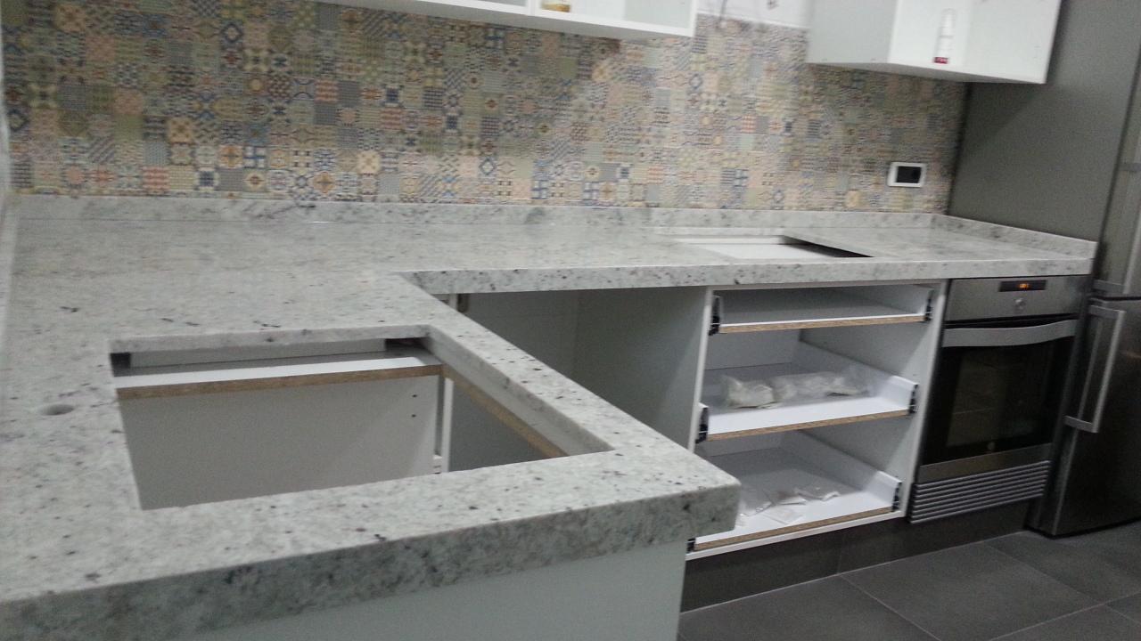 Encimeras de cocina trabajos en piedra decoracin y