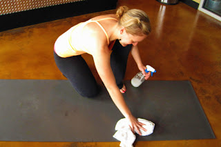 giặt thảm tập yoga