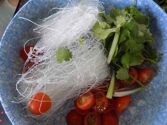 Cách làm gỏi tôm chua ngon miệng, bao ngon cơm