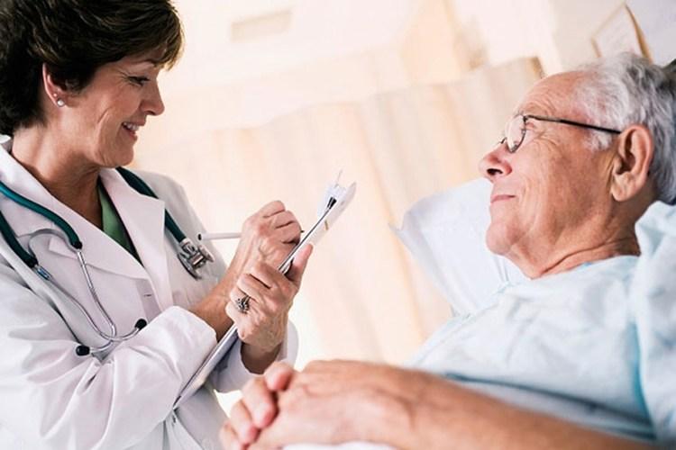 Chăm sóc bệnh nhân sau khi điều trị