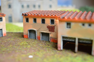 Set of 4 Roman Houses 1:144 (10-12mm) (Code: nj-144_rom2) 4