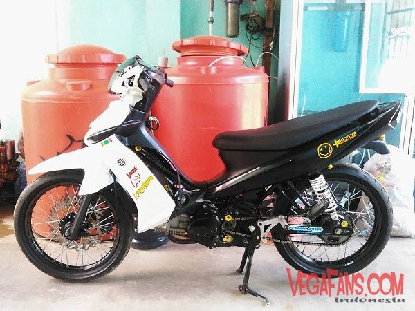 Foto Modifikasi Vega ZR Putih Road Race Super Moto