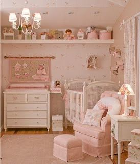 Cuarto de bebé en rosa