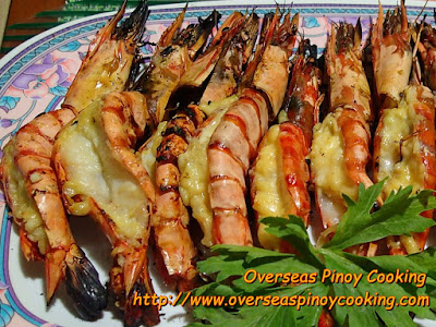 Grilled Prawns with Garlic and Cheese