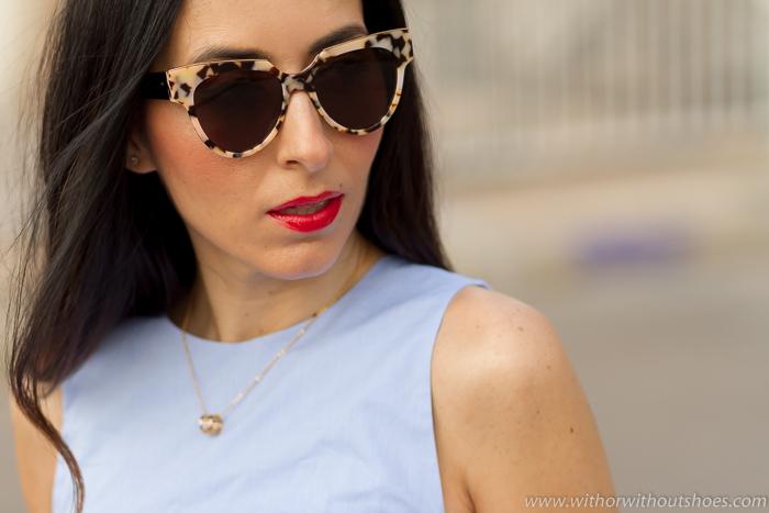 Influencers bloggers españolas con gafas de sol bonitas modernas con estilo