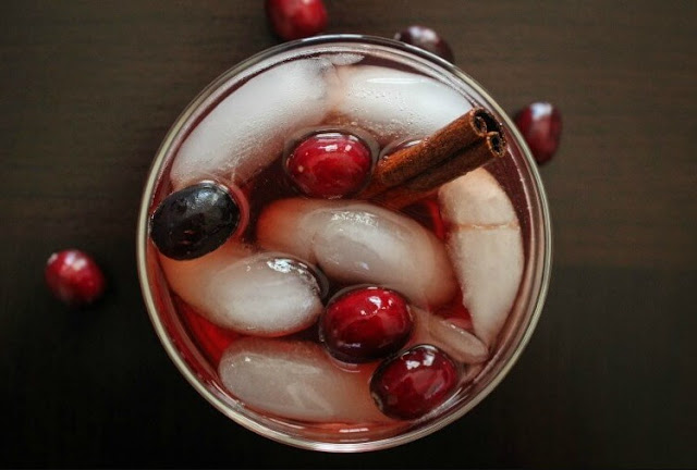 Jack Daniel's Honey Cranberry Tea #alcoholdrink #cocktail
