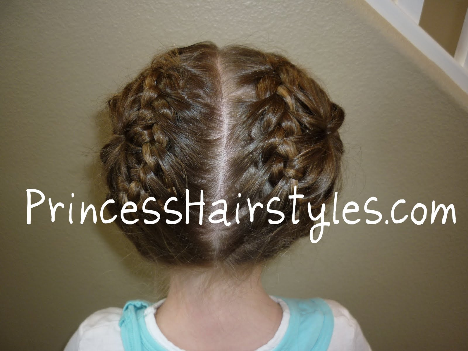 Kids Hairstyles Awww What A Cute Look To Give Your Little Just Brush The Hair All One Side And Knot French Braid From Middle Top