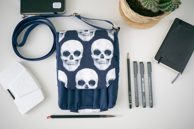 skull bag, hoe to keep sketchbook , скетчбук сумка