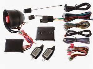 Sensor kemiringan mendeteksi ketika seseorang mencoba untuk menempatkan mobil Anda pada jack atau hook it up ke sebuah truk derek.