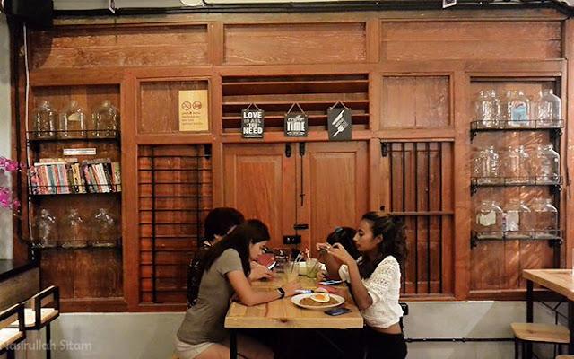 Pengunjung yang ada di Noe Coffee & Kitchen