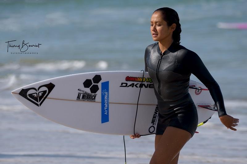 Vahine Fierro championne du monde junior de surf