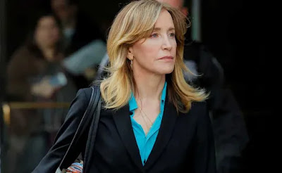 Actress Felicity Huffman falsely conflicts in college admissions