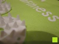 spitz: Akupressur-Set »Jimuta« / Tasche + Matte + Kissen / Akupressur- und Massagematte zur effektiven Lockerung und Lösung von Verspannungen / in verschiedenen fröhlichen Farben erhältlich.
