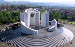 JAM BUKA MUSEUM MONUMEN PERJUANGAN RAKYAT JABAR - BANDUNG