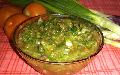 Raw Spring Onion Chutney recipe | Spring Onion and Tomato Chutney recipe  Raw spring onion chutney is a simple and yummy chutney recipe made with the goodness of raw spring onions and raw tomatoes. It has a unique taste and flavour.
