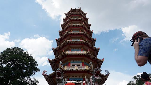 Pagoda di Pulau Kemaro Palembang