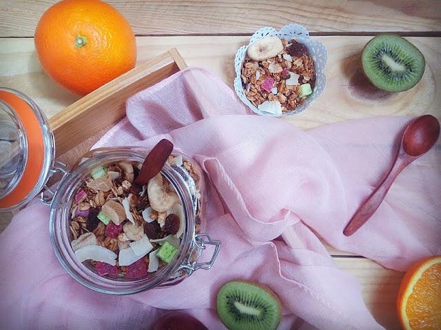 granola muesli avena semillas pasas fruta deshidratada escarchada sesamo lino crockpot olla lenta horno desayuno merienda cena saludable fit healthy cuca