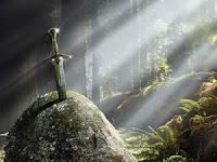"Kota ""Shining"" Batu dan Misteri Kutukan Prasasti Sangguran"