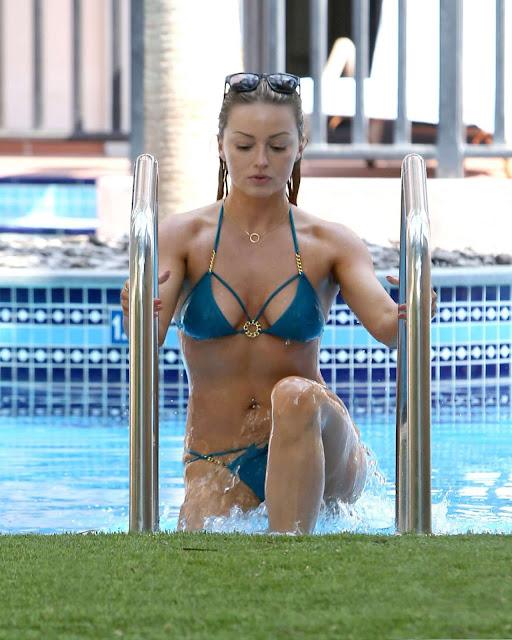 Ola Jordan – Blue Bikini Candids