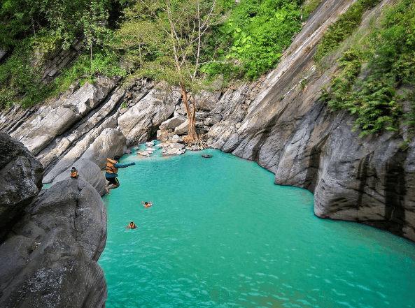 sanghyang heuleut destinasi wisata instagramable di bandung