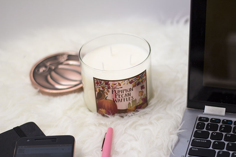 Pumpkin Pecan Waffles Candle - bath & body works
