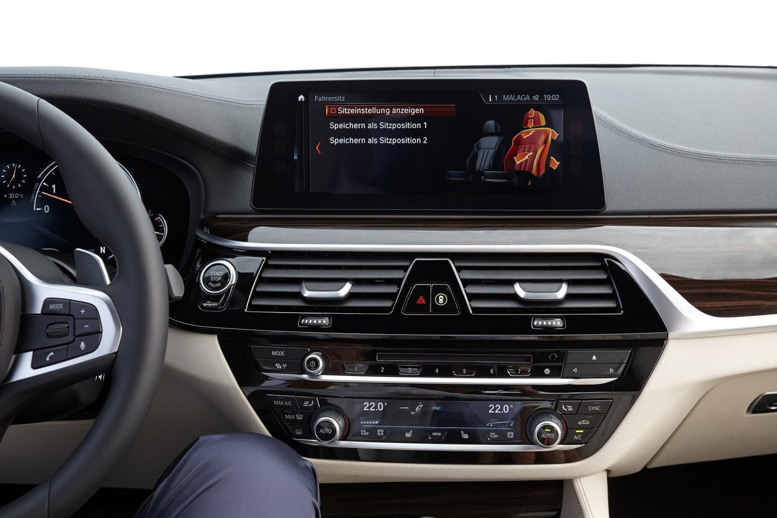 2017-BMW-5-Series-51.jpg