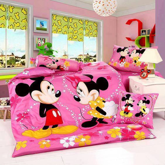 Decoraciones de Dormitorios y Cubrecamas de Mickey y Minnie