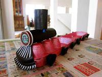 tren reciclado de plastico