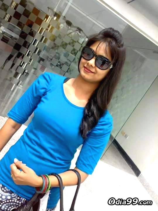 Elina Samantray Hd Photo, Age, Upcoming Movie, Mobile Number, Education, Wiki, Family Address -4592