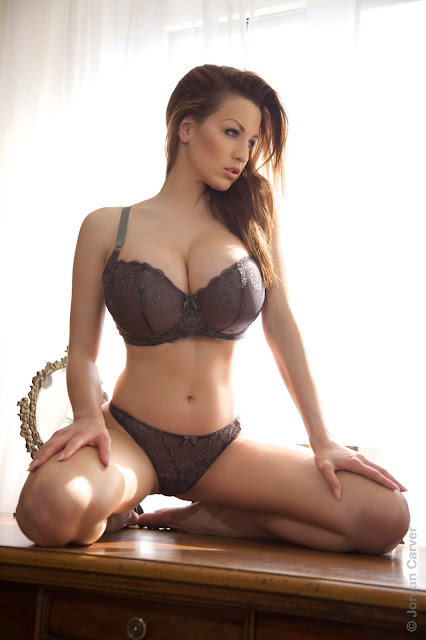 hot-jordan-carver-table-sexy-photo-shoot-hd-19
