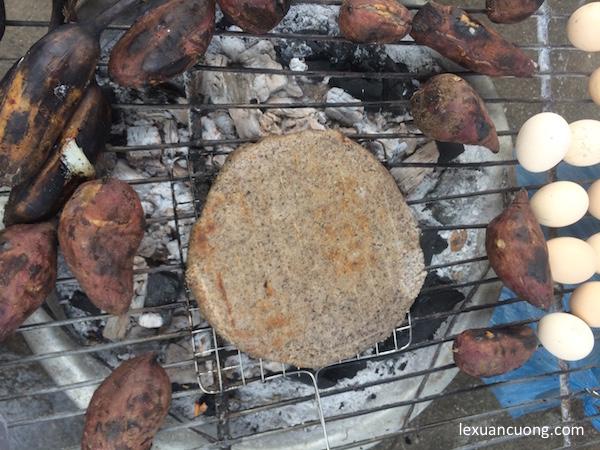 Bánh Tam Giác Mạch, đặc sản Hà Giang