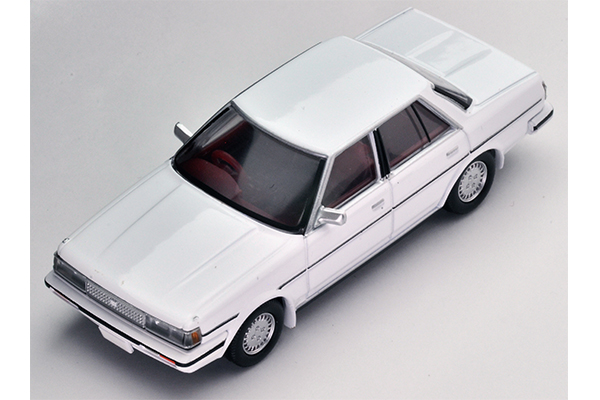 TLV-N137a/b Toyota Cresta Super Lucent white