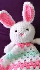http://translate.googleusercontent.com/translate_c?depth=1&hl=es&rurl=translate.google.es&sl=auto&tl=es&u=http://www.thestitchinmommy.com/2013/04/bunny-lovey-free-crochet-pattern.html&usg=ALkJrhiWoVWzl2PYd2v344SSWVZfbIAKoQ