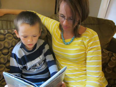Working At Home and Homeschooling: What My Schedule REALLY Looks Like {WAHM and homeschooling mom of 5}