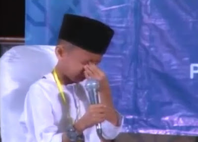 Hafidz Cilik Menangis Saat Baca Al Quran