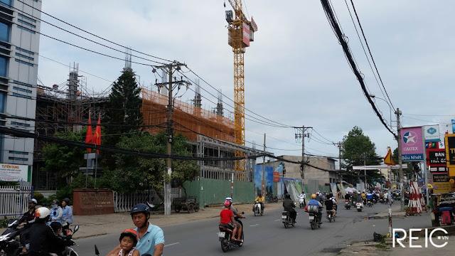 Vincom 50 Lê Văn Việt Quận  9