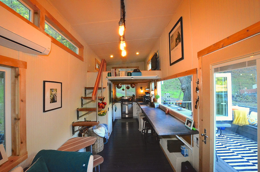 Tiny House Town Entertaining Abode Tiny House 224 Sq Ft