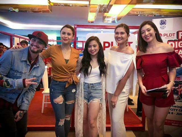Best Buy Bundle Team with Billy Crawford, Dimples Romana , Ella Cruz and Yassi Pressman.