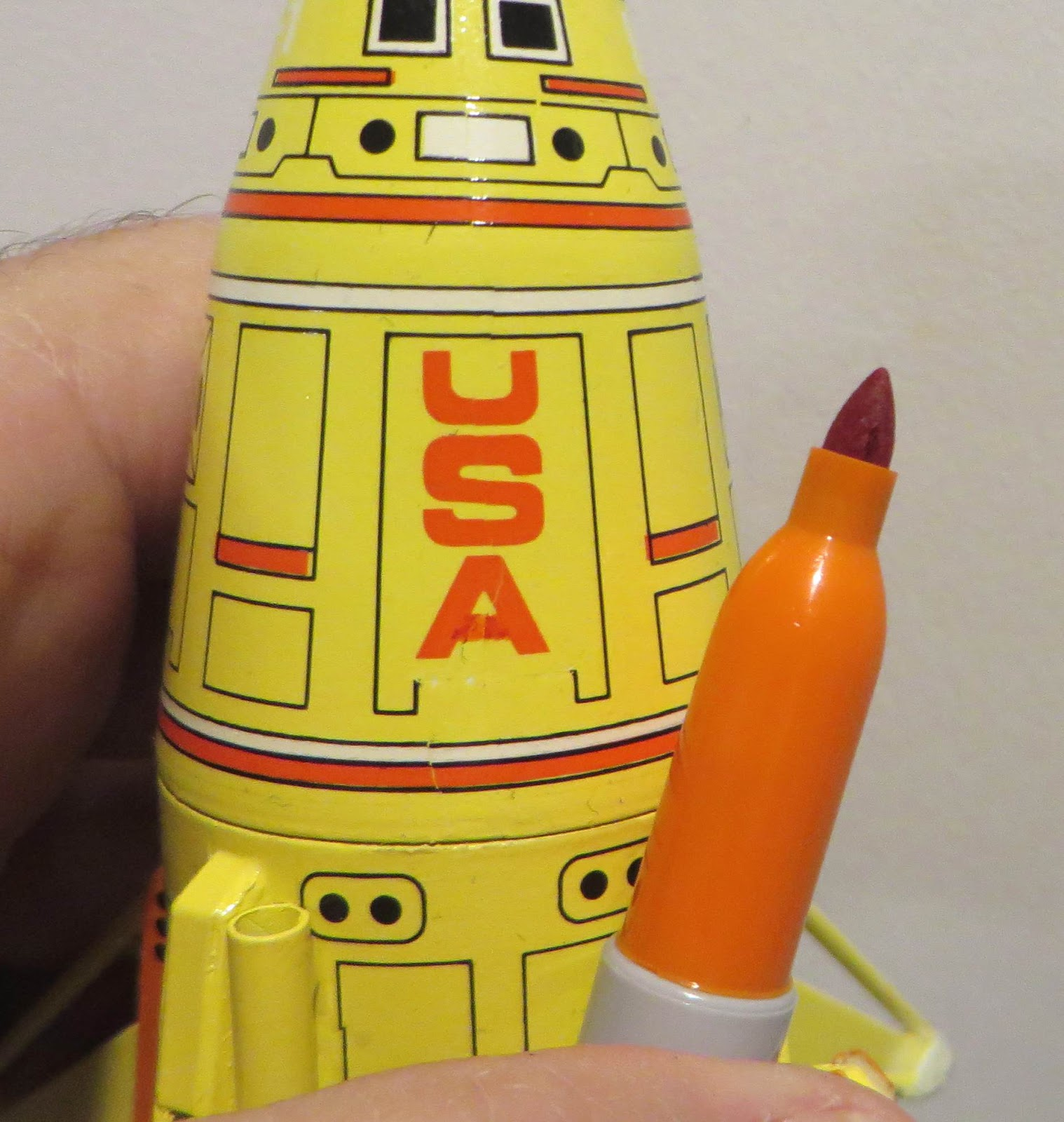 Model Rocket Building: Estes Mini Mars Lander Build #0881