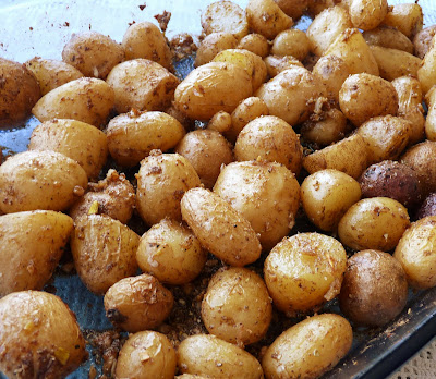 Spicy Garlic Roasted Potatoes