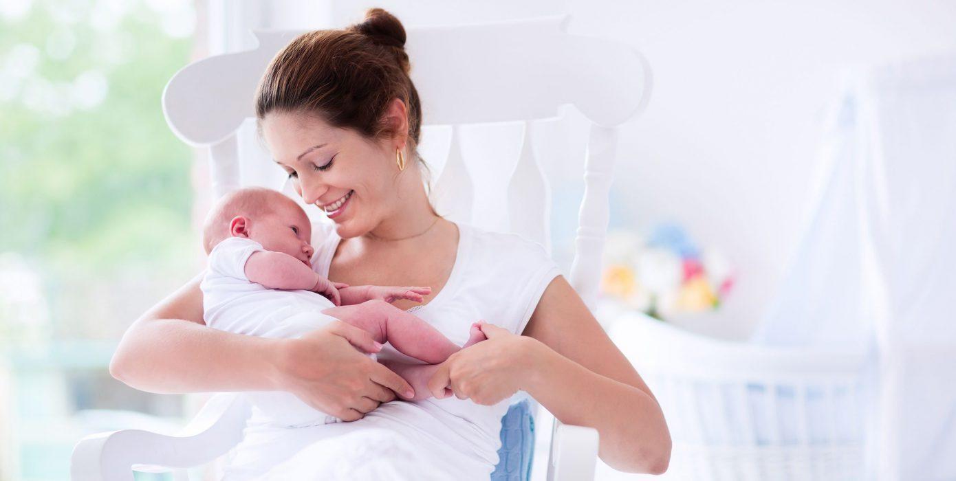 فوائد الرضاعة الطبيعية الى الطفل