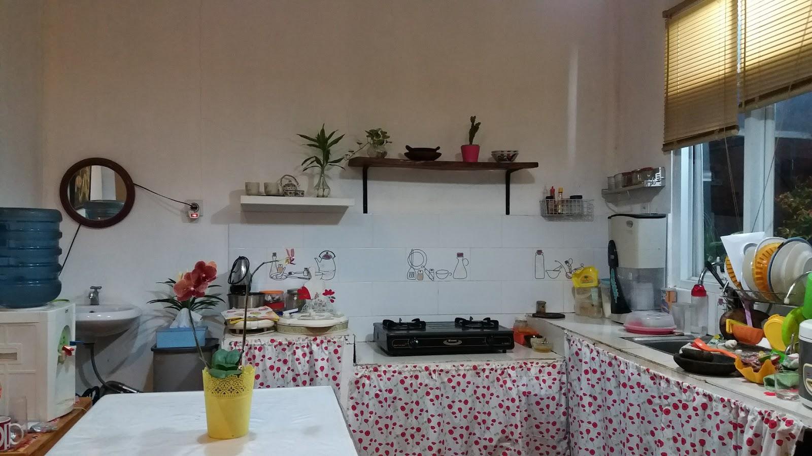 Home Living Diy Membuat Gorden Kolong Dapur Rina Susanti S Blog