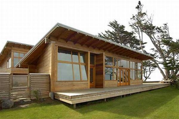 Sedikit berbeda dengan rumah yang terbuat dari beton atau batu bata. Oleh karena itu di negara empat musim banyak yang memakai rumah bahan dasar kayu .