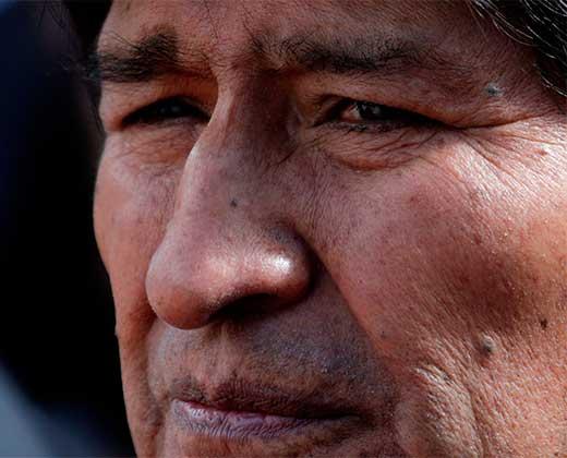 ¿TERMINARÁ COMO CHÁVEZ? Evo Morales dice que su mal en la garganta empeora