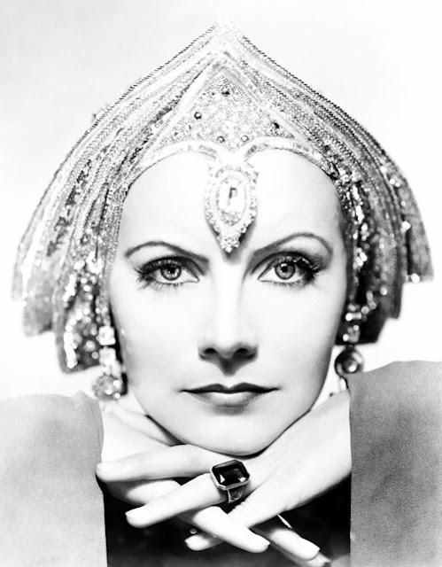 Lady hollywood 15 personagens de filmes na vida real for Greta garbo morte