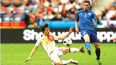 Mattia De Sciglio chính thức trở thành cầu thủ của đội bóng Azzurri.