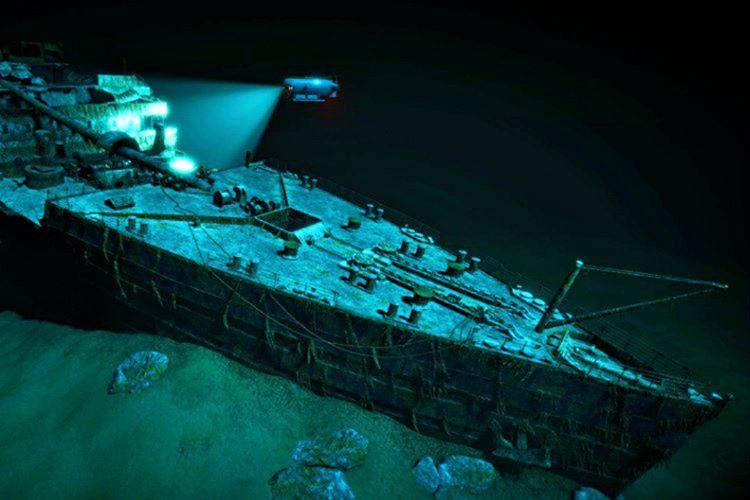 1985 yılında derin deniz aracı Argon, su altı taraması yaparken Titanik'i buldu.